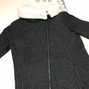 e9fc1855ea4 Asymmetrical zip jacket from VANS